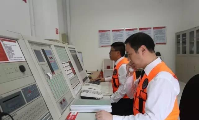 小区物业消防控制室24小时专人值守