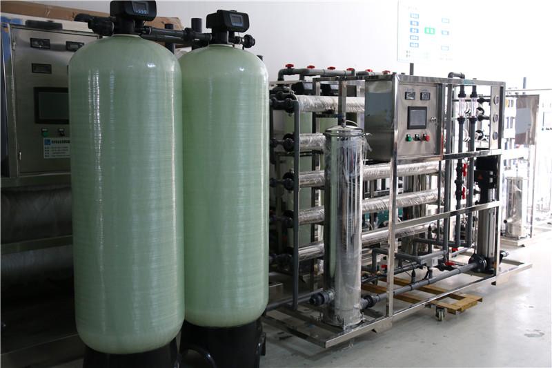 南京工业2.5吨反渗透1