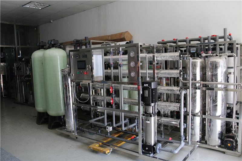 南京工业2.5吨反渗透3