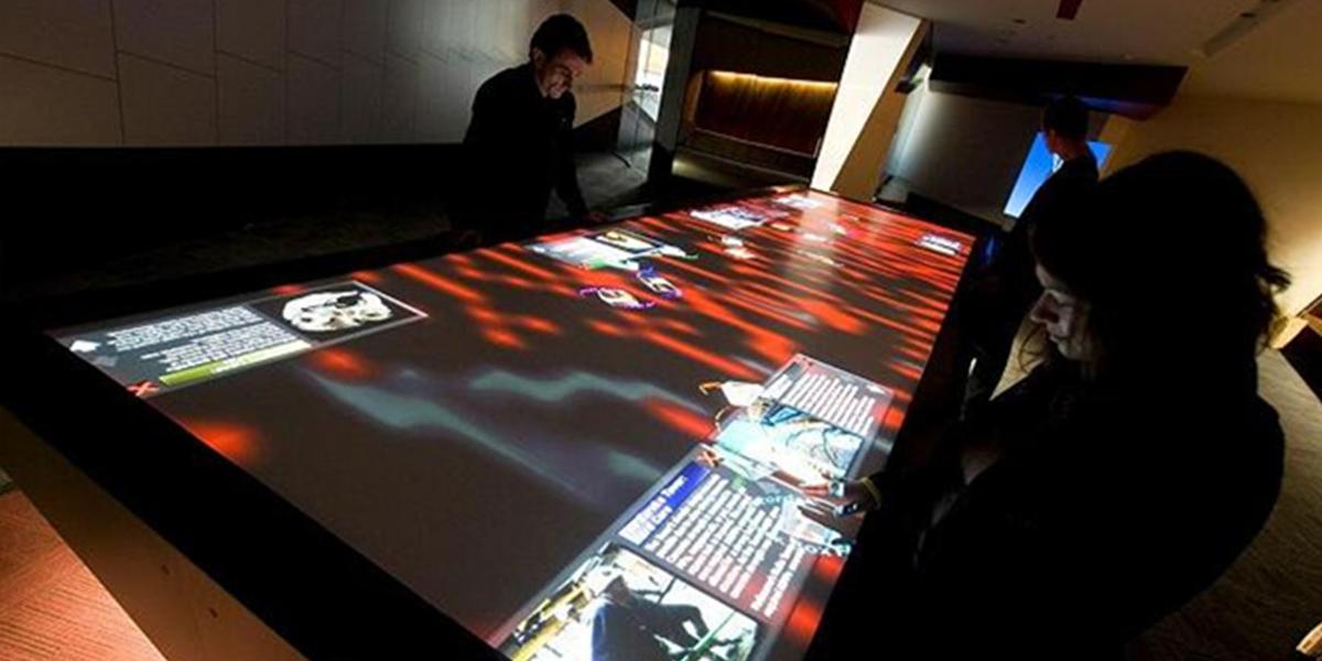 互动触摸桌-1