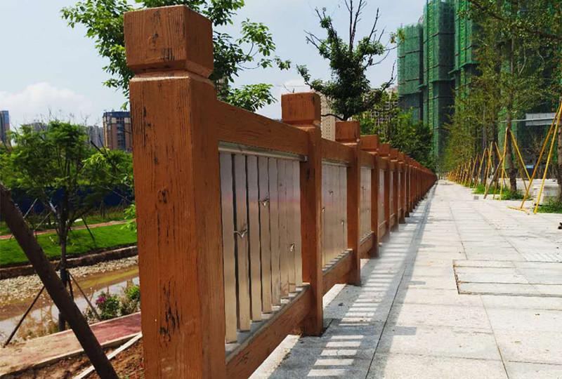 成都通联不锈钢复合仿木栏杆09-2