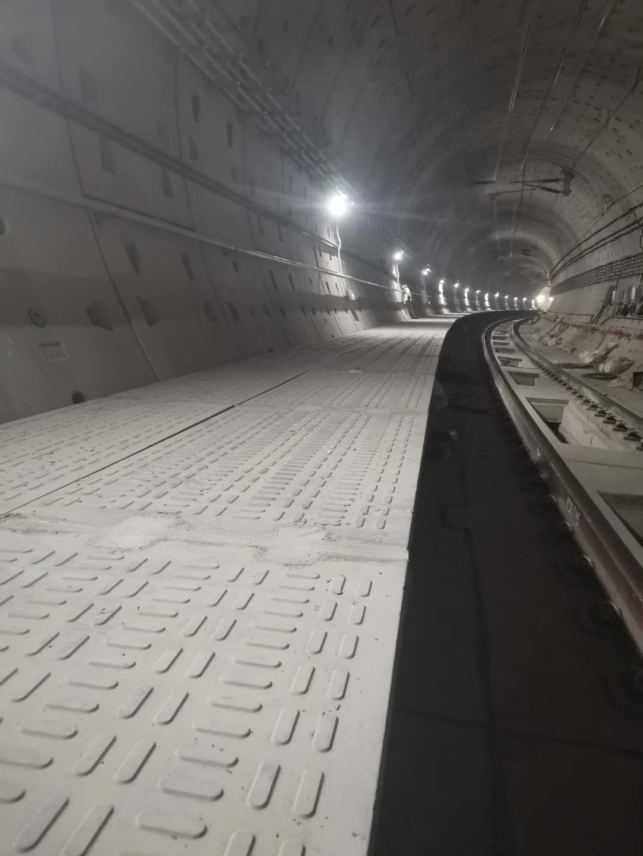 地鐵疏散平臺條形花紋RPC