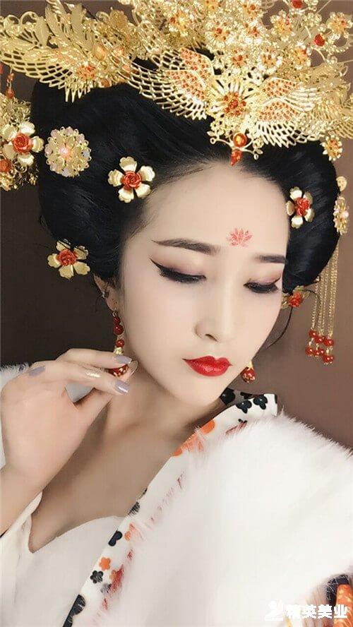 楊貴妃妝容造型