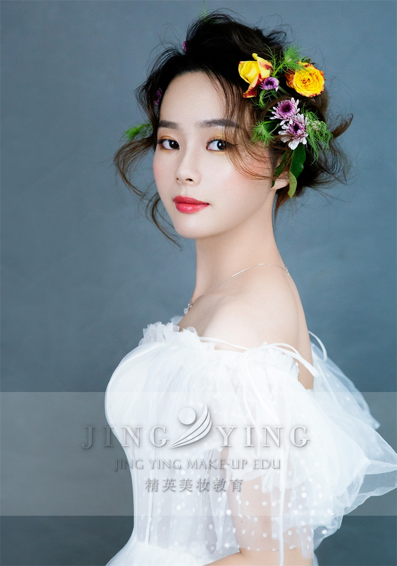 精英美妆教育培训学校化妆美妆作品图片4