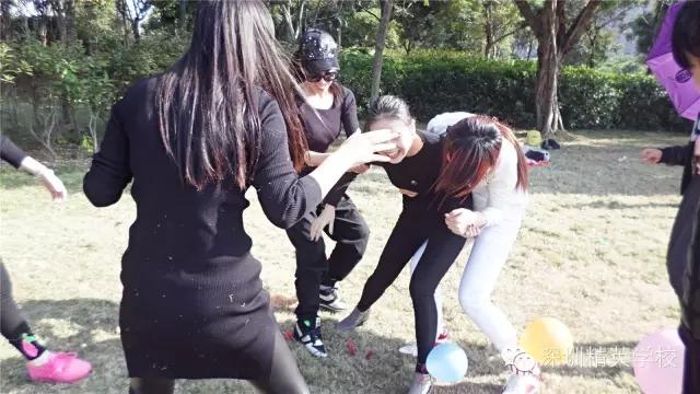 瘋狂踩氣球4