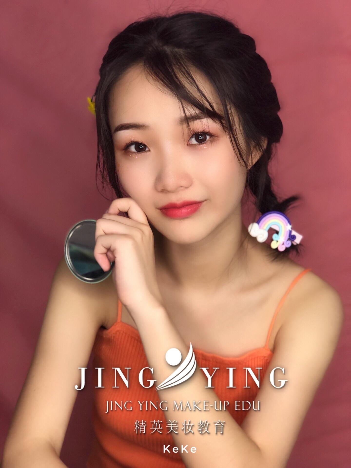 少女妆容造型化妆作品图片6