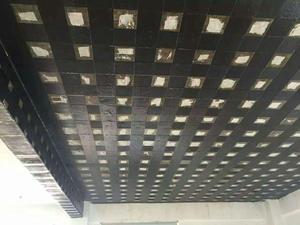 柱增大加固-商場碳纖維加固工程施工現場