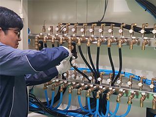 镀膜机管道系统维修