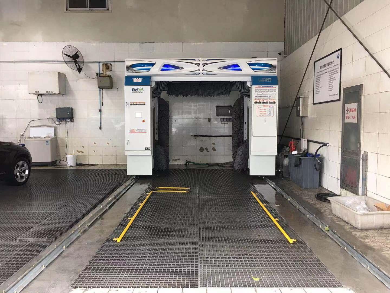 竹美洗车机安装在汽车美容店安装案例