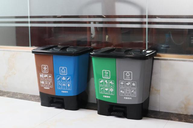 家用双桶脚踏分类垃圾桶
