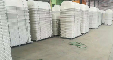 1000吨框架复合材料液压机成型产品4