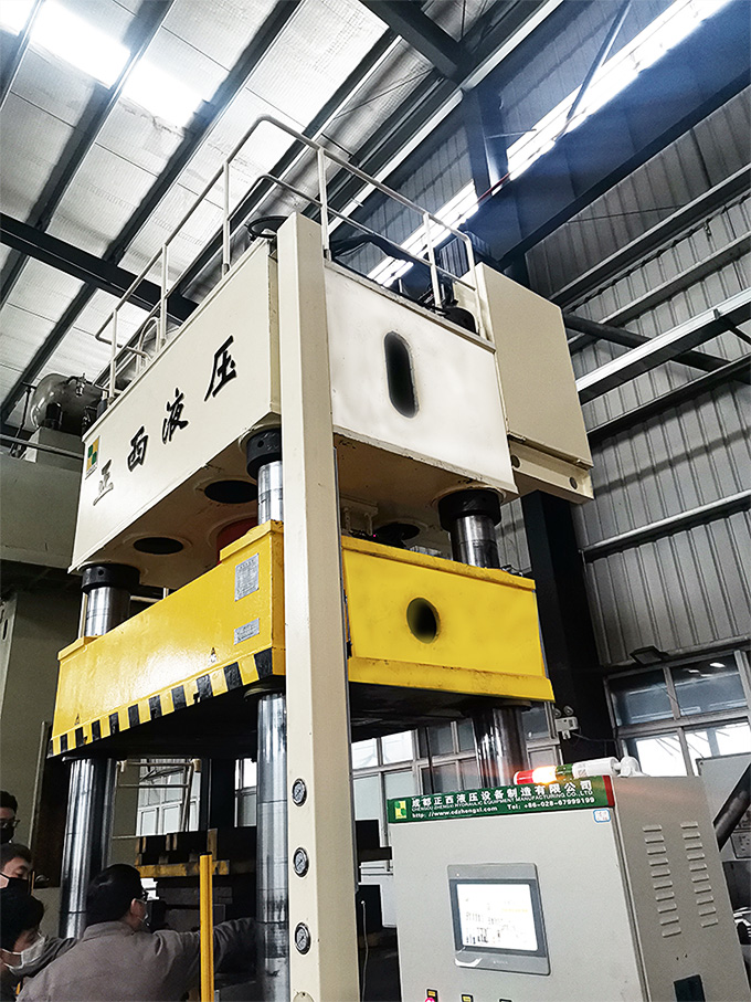 3000吨框架液压机