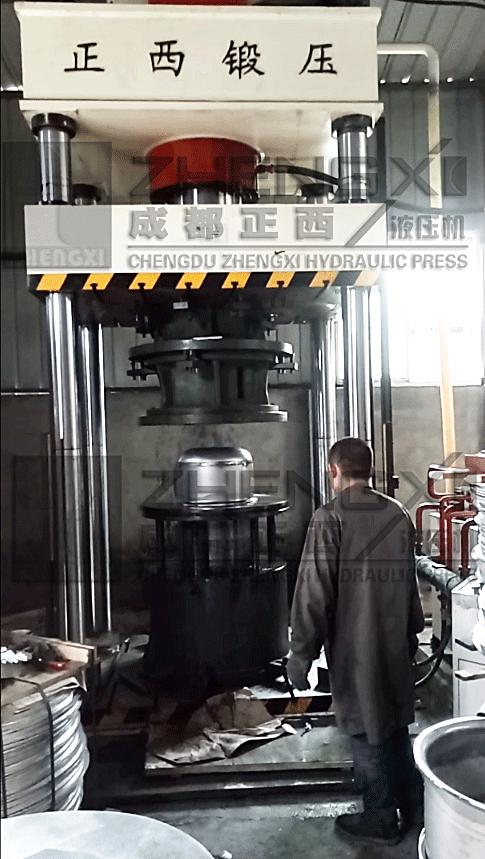 不锈钢水槽热压制成型选用多大吨位液压机设备