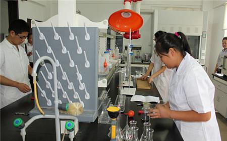 肥西质监局选用轴偏差测试仪加强包材质量监管